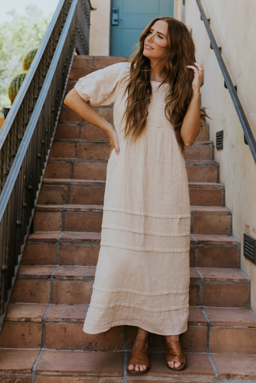 Boxy begie summer dress