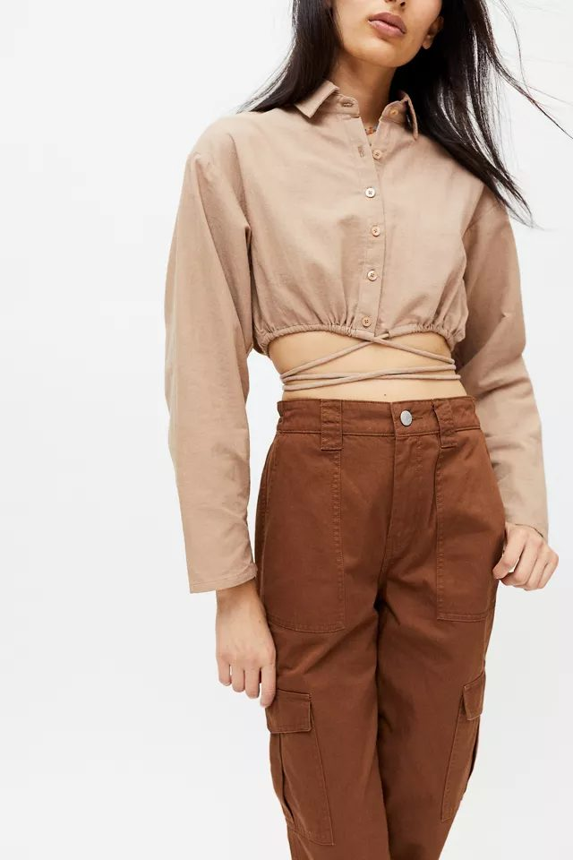 Light brown top for dark academia outfits