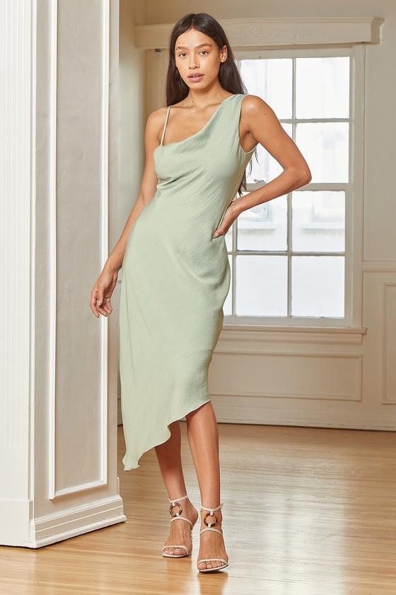 Sage green midi dress for date night