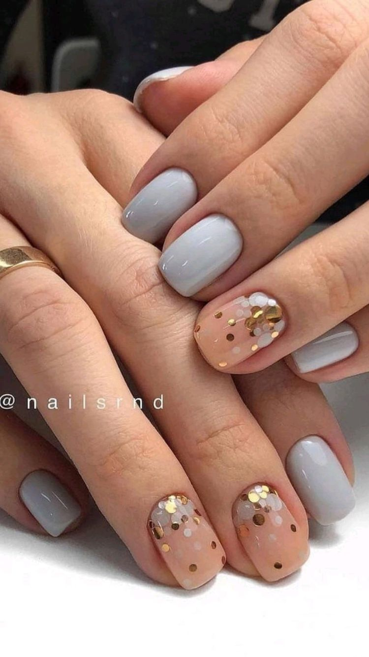 Grey and pink nails with glitter design