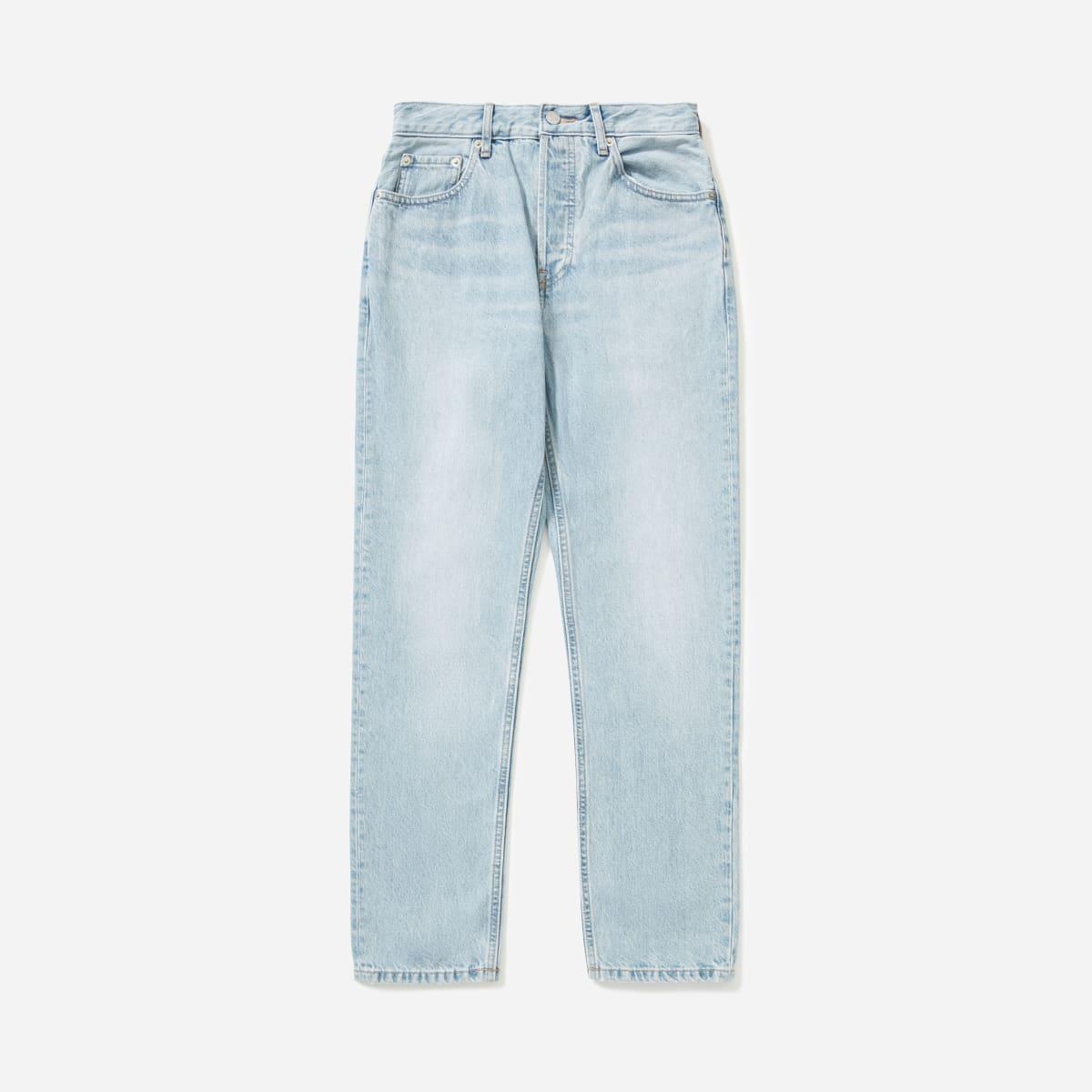 Light wash denim jeans for minimalist french capsule wardrobe