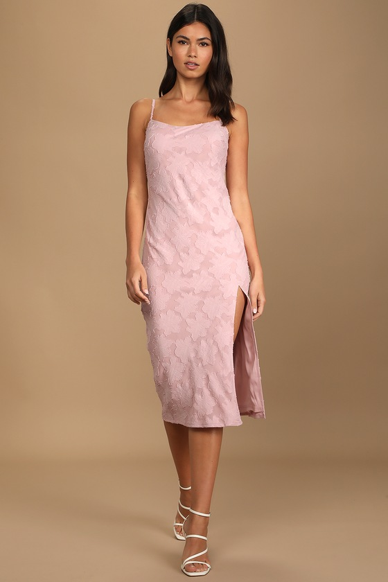 Dusty pink midi dress wedding guest outfit