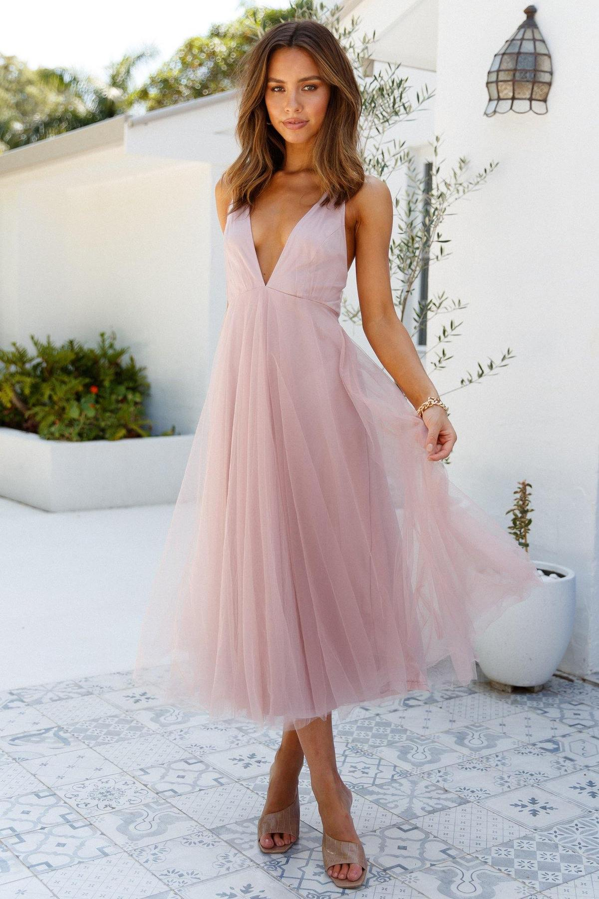 Dusty pink tulle dress wedding guest outfit