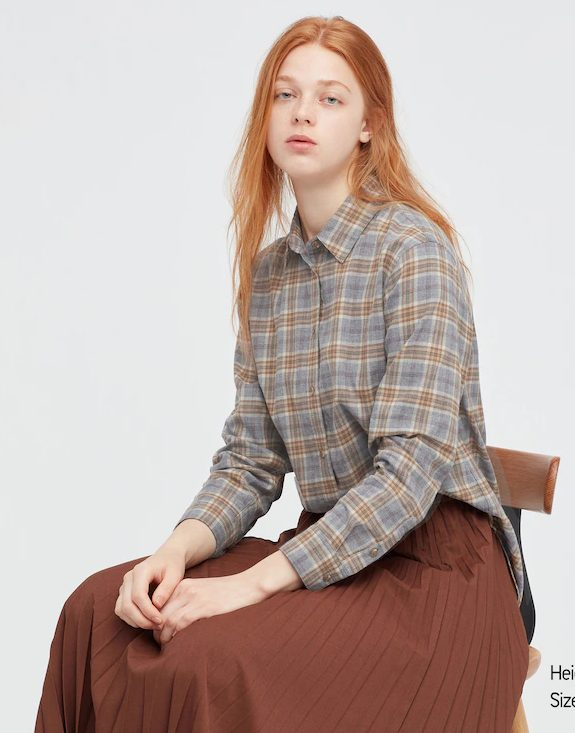 Plaid long-sleeved top for dark academia outfits