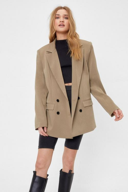 Long brown blazer for dark academia outfits