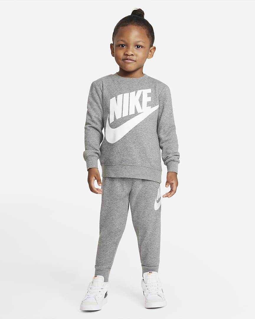 Cute grey Nike outfit for toddlers and baby boys
