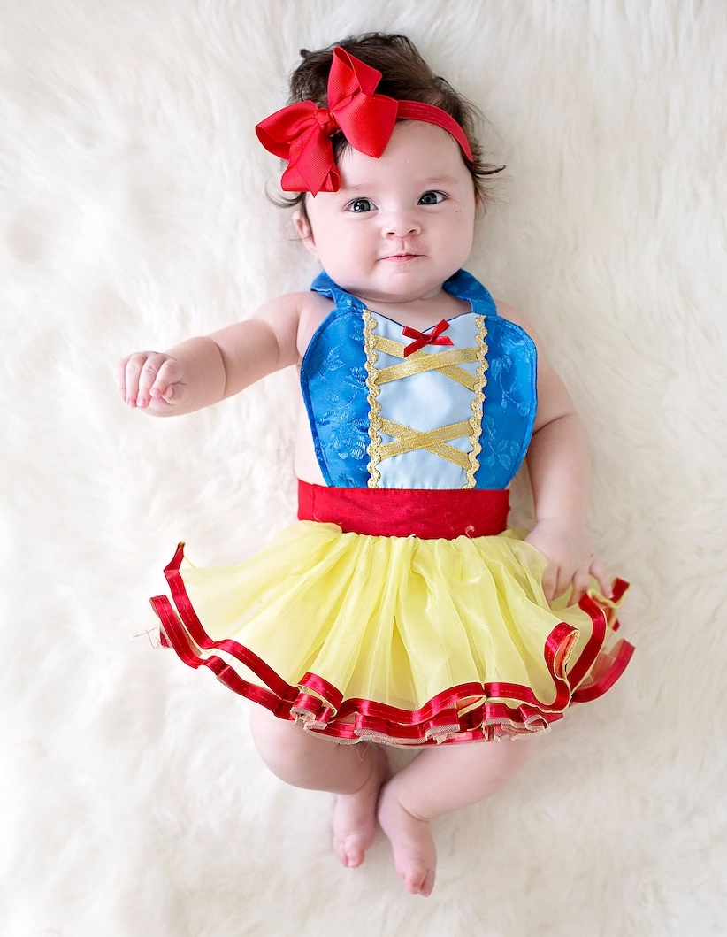 Cute Snow White Halloween costume for newborns and toddlers