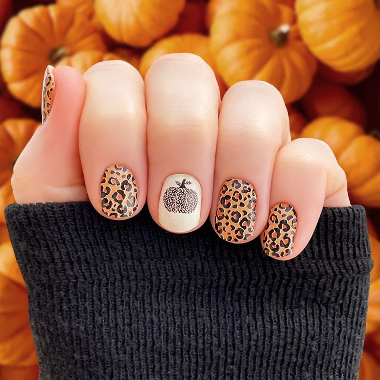 Short fall pumpkin nails with cheetah print