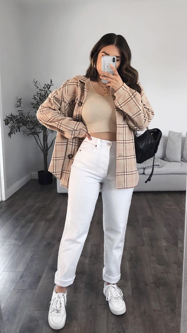 Checkered blazer and white pants for back to school outfits