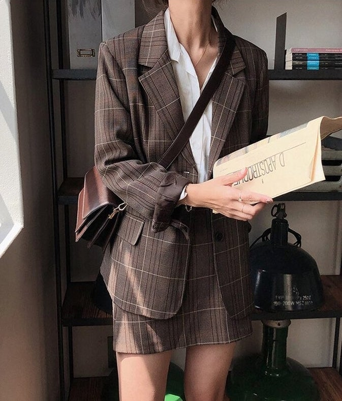 50 Affordable Dark Academia Outfits To Get Inspired By
