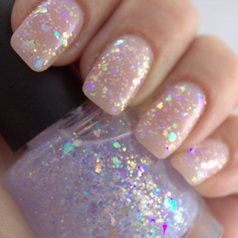 Short glitter gel nails
