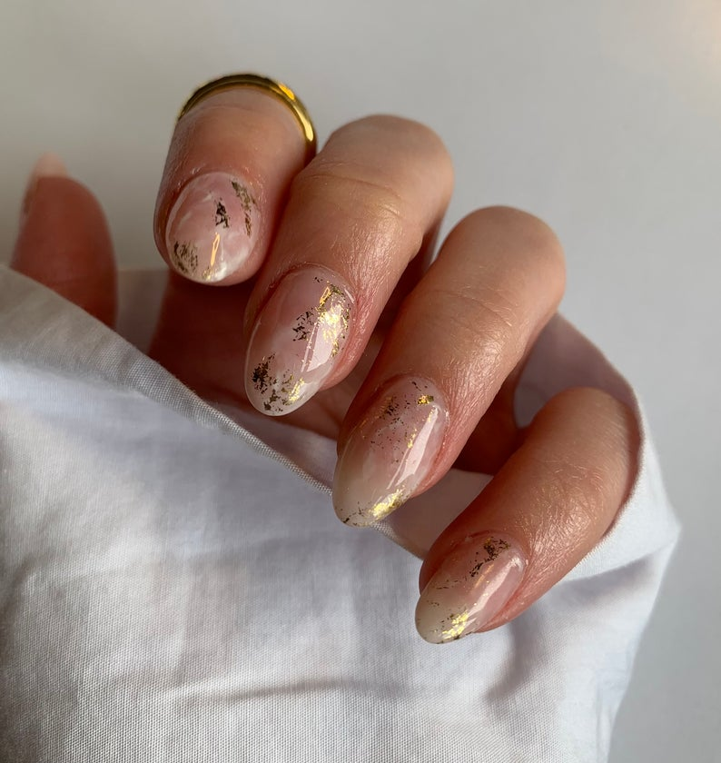 Cute gold marble nails