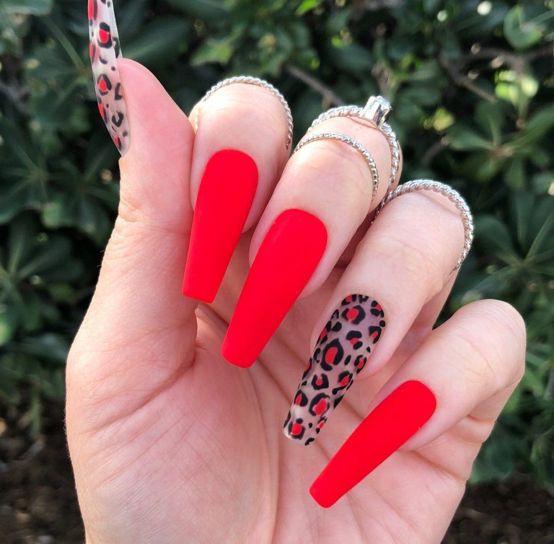 Red matte nails with leopard print