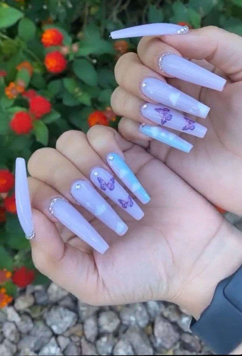 Butterfly design for coffin nails