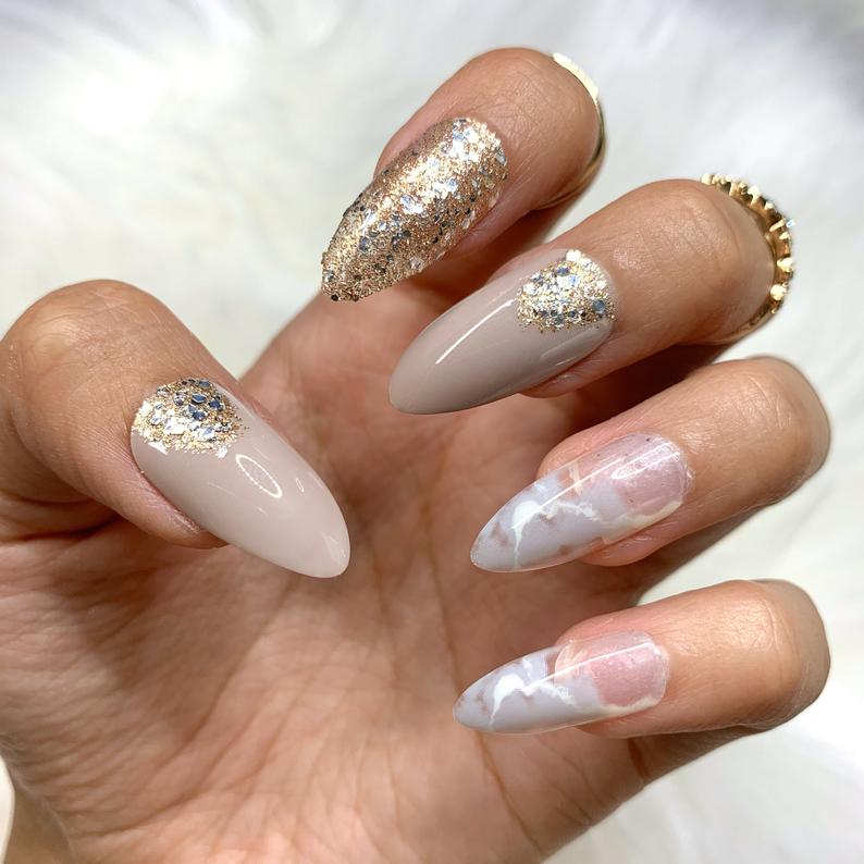 Classy almond nails with glitter