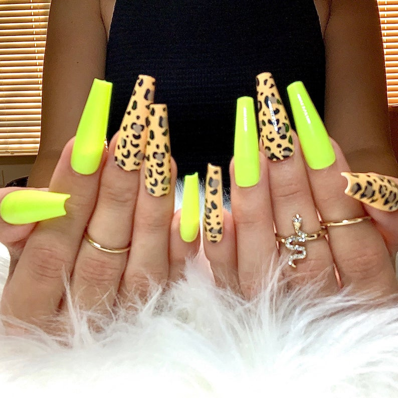 Leopard print for coffin nails
