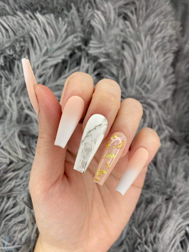 Nude and white, marble design for coffin nails