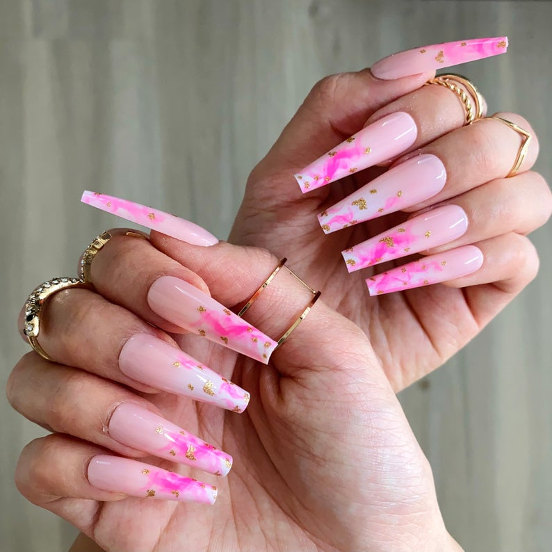 Pink design for coffin nails