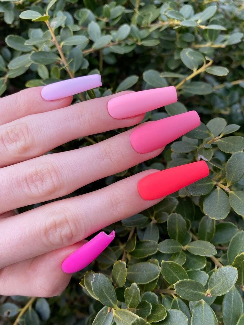 Pink gradient matte nails