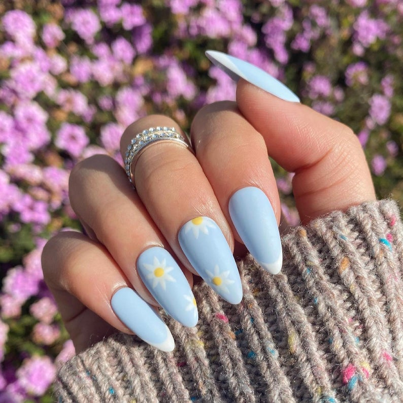 40+ Trendy Almond Nail Designs You Should Try Right Now