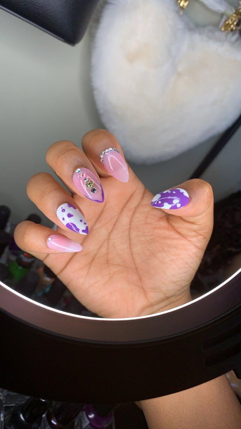 Purple cow nail art