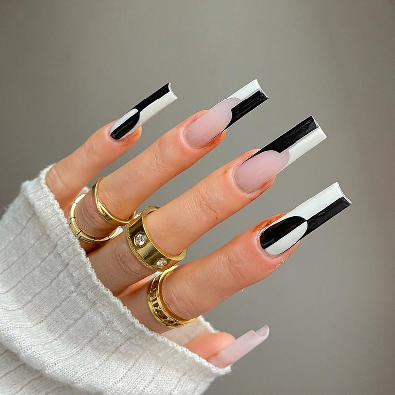 Abstract black and white nails