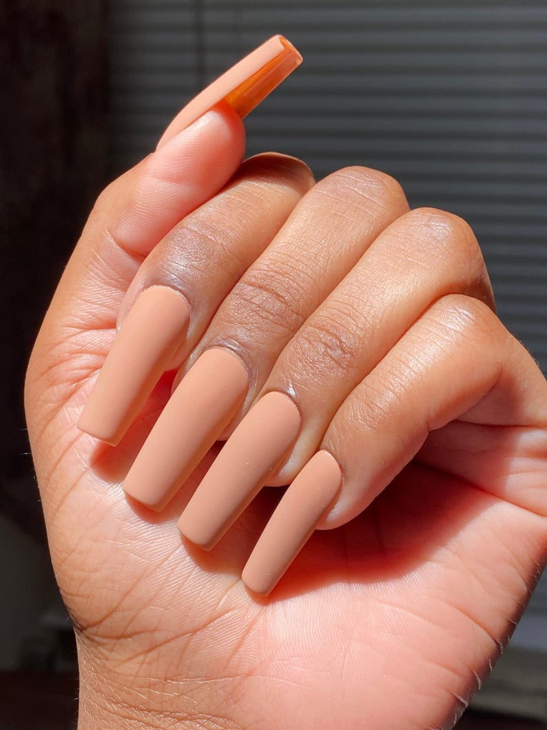 Matte nude nail design
