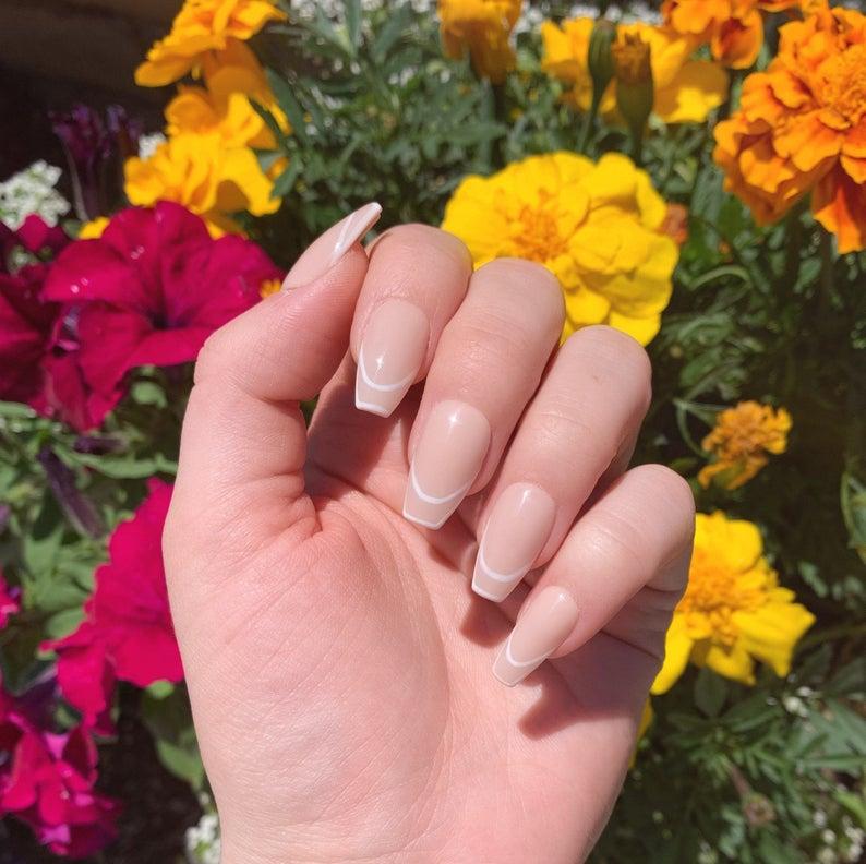 Simple nude nail design