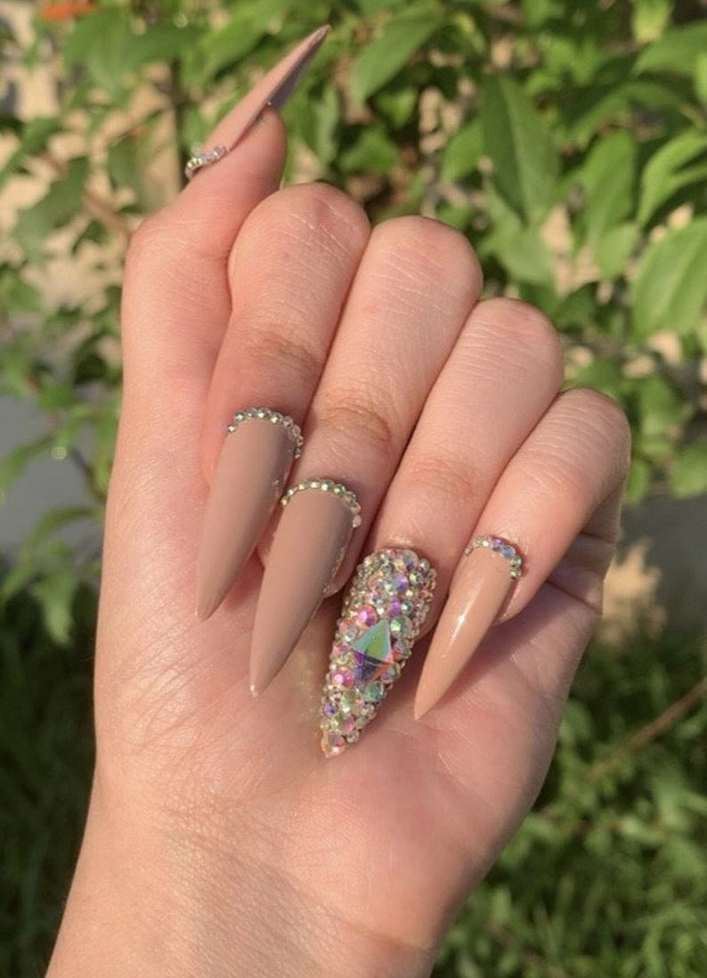 40+ Timeless Nude Nail Designs To Upgrade Your Classy Look