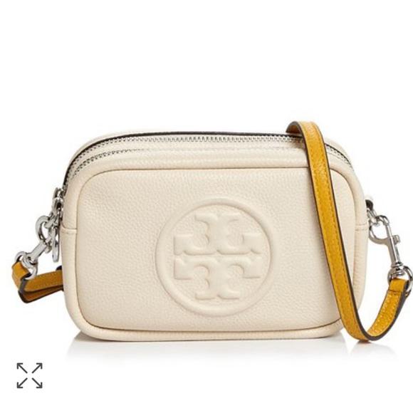 Tory Burch white crossbody bag for minimalist french capsule wardrobe