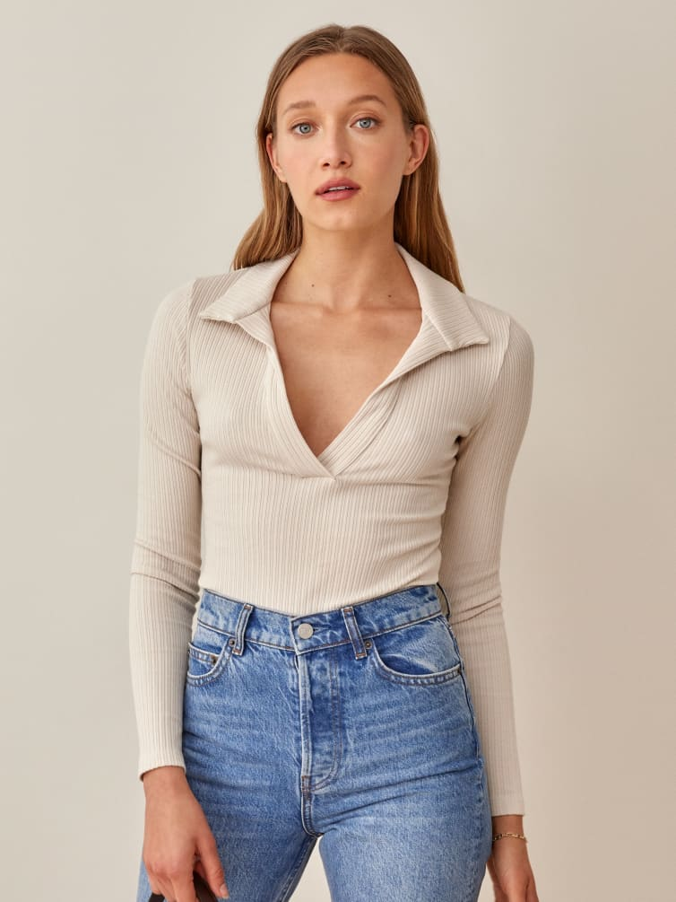 Simple ribbed long sleeve top with collar for back to school outfits