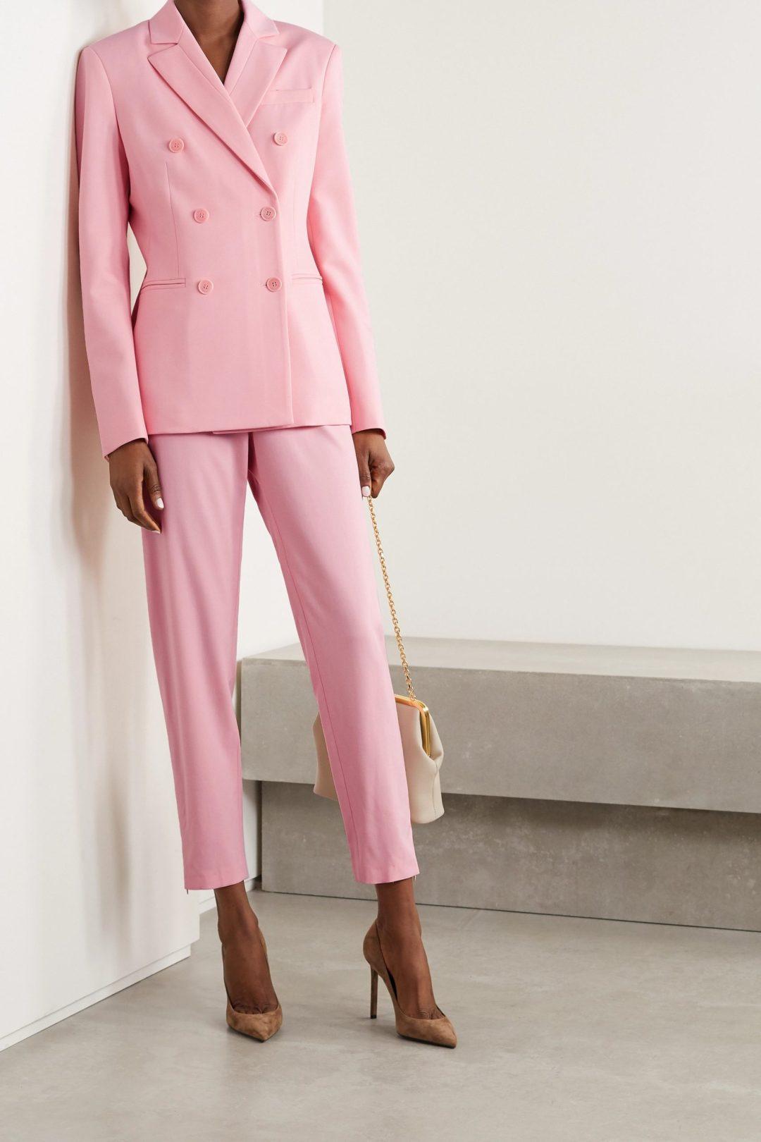 Light pink trouser suit