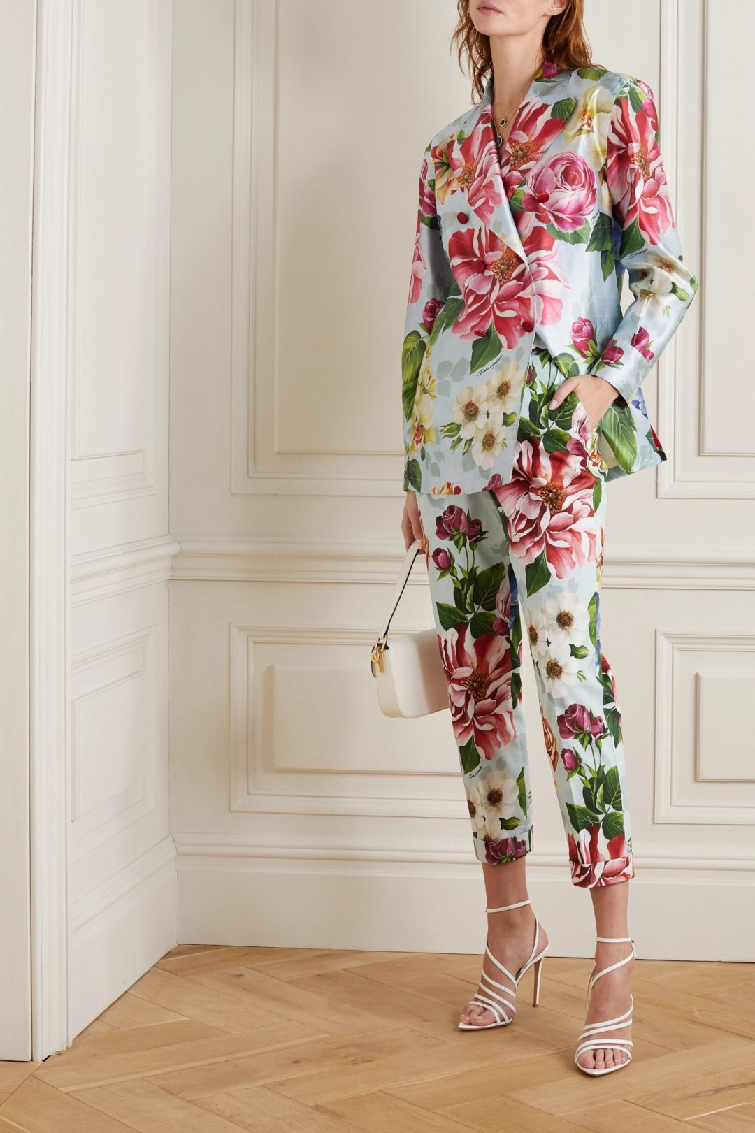 Floral trouser suit for the mother of the groom