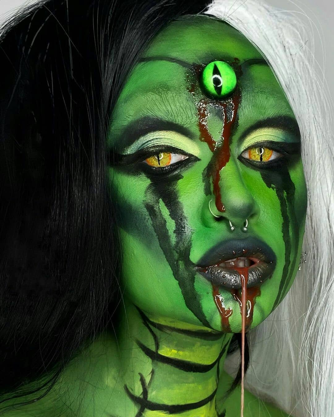 Bloody Reptile for Scary Halloween Costumes for Women