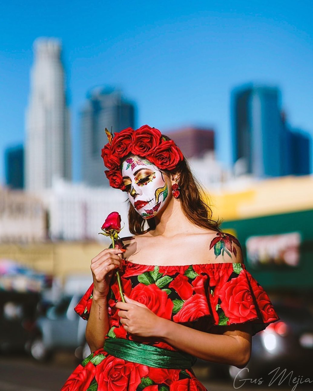 Roses sugar skull for Day of The Dead Makeup Ideas