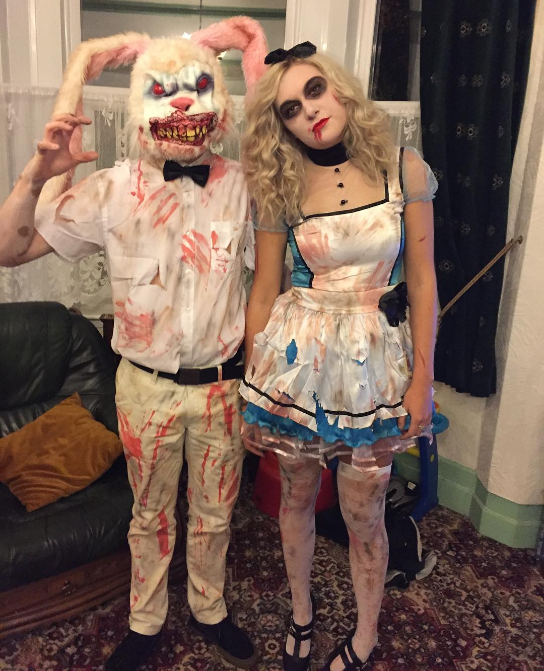 Gruesome Alice in Wonderland for Scary Halloween Costumes for Women