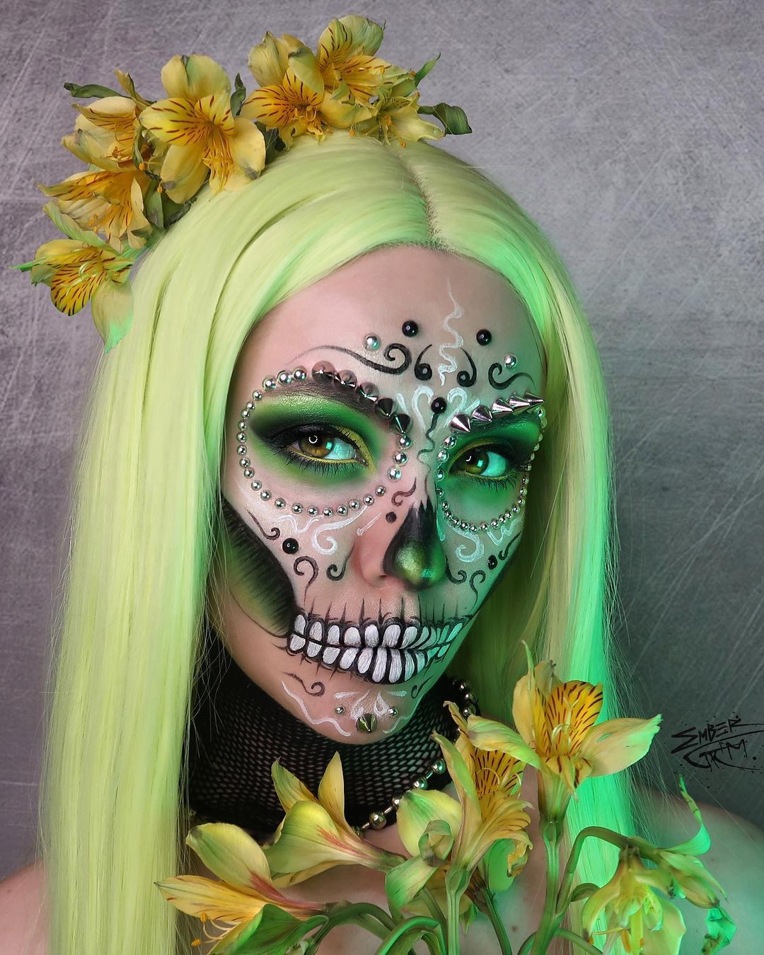 Green wig and green accents sugar skull for Day of The Dead Makeup Ideas
