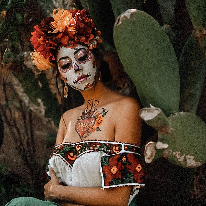 Sugar skull for Day of The Dead Makeup Ideas