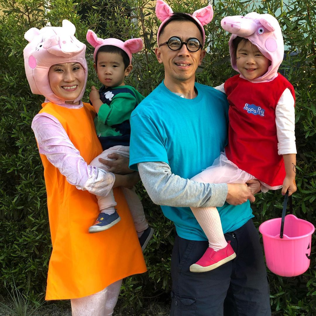 Peppa Pig Family for Best Halloween Costumes for 4