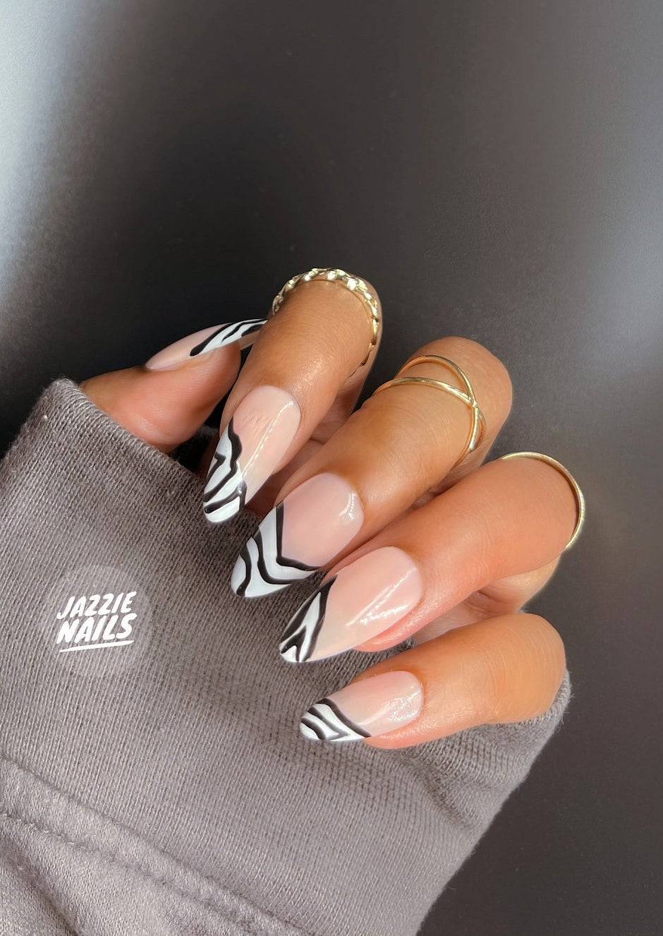 Black and white abstract nails with swirls