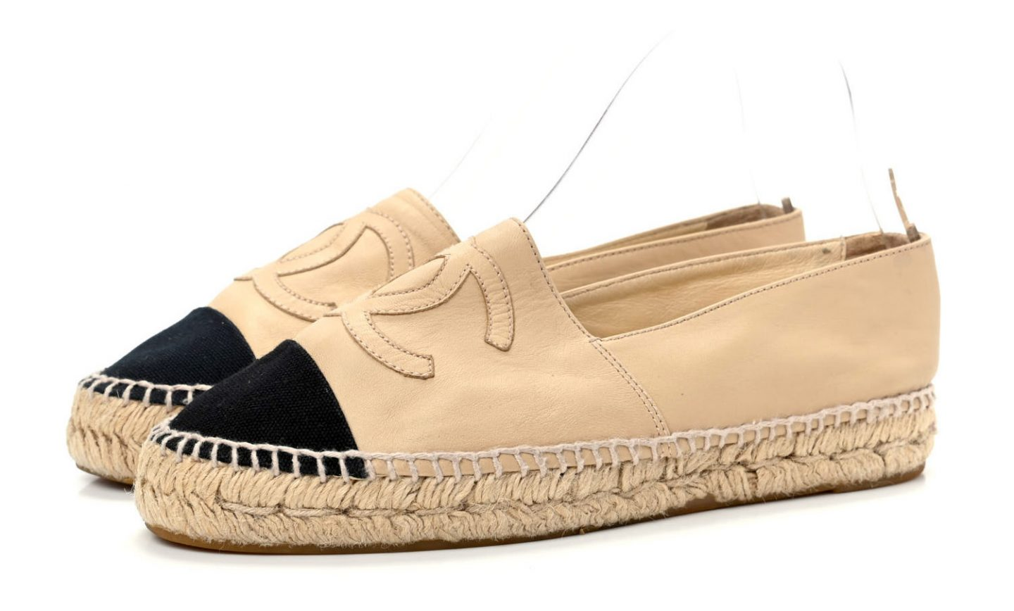 Chanel Espadrilles in beige and black