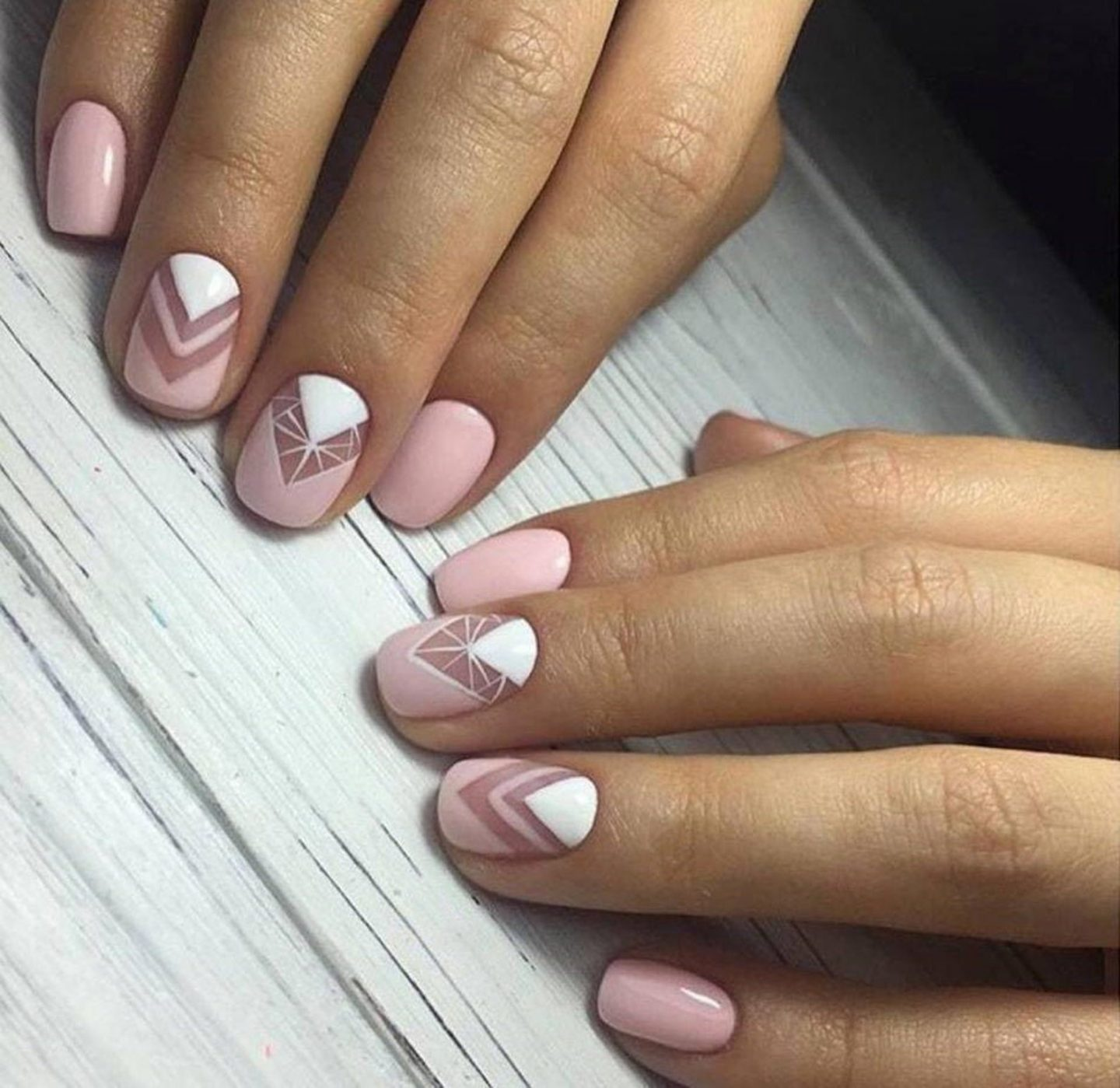 Short white and pink gel nail wraps