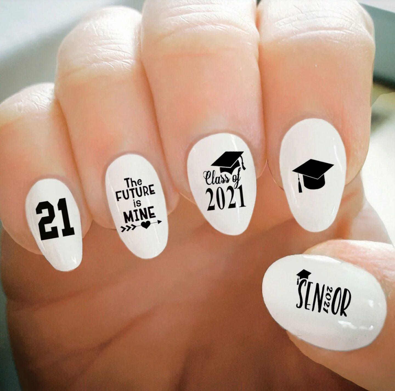 Short white graduation nails