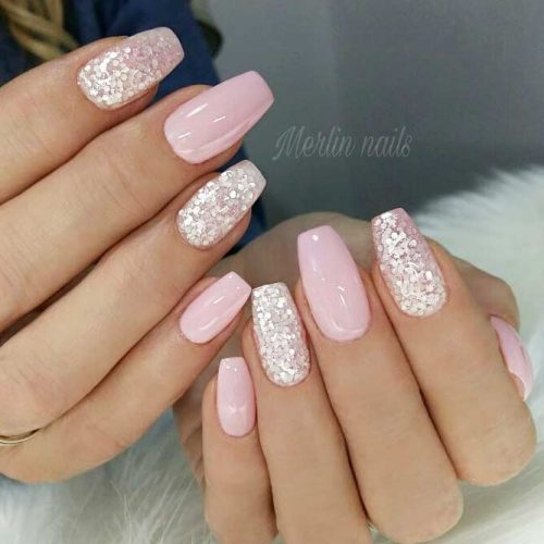 Cute and short light pink graduation nails with glitter