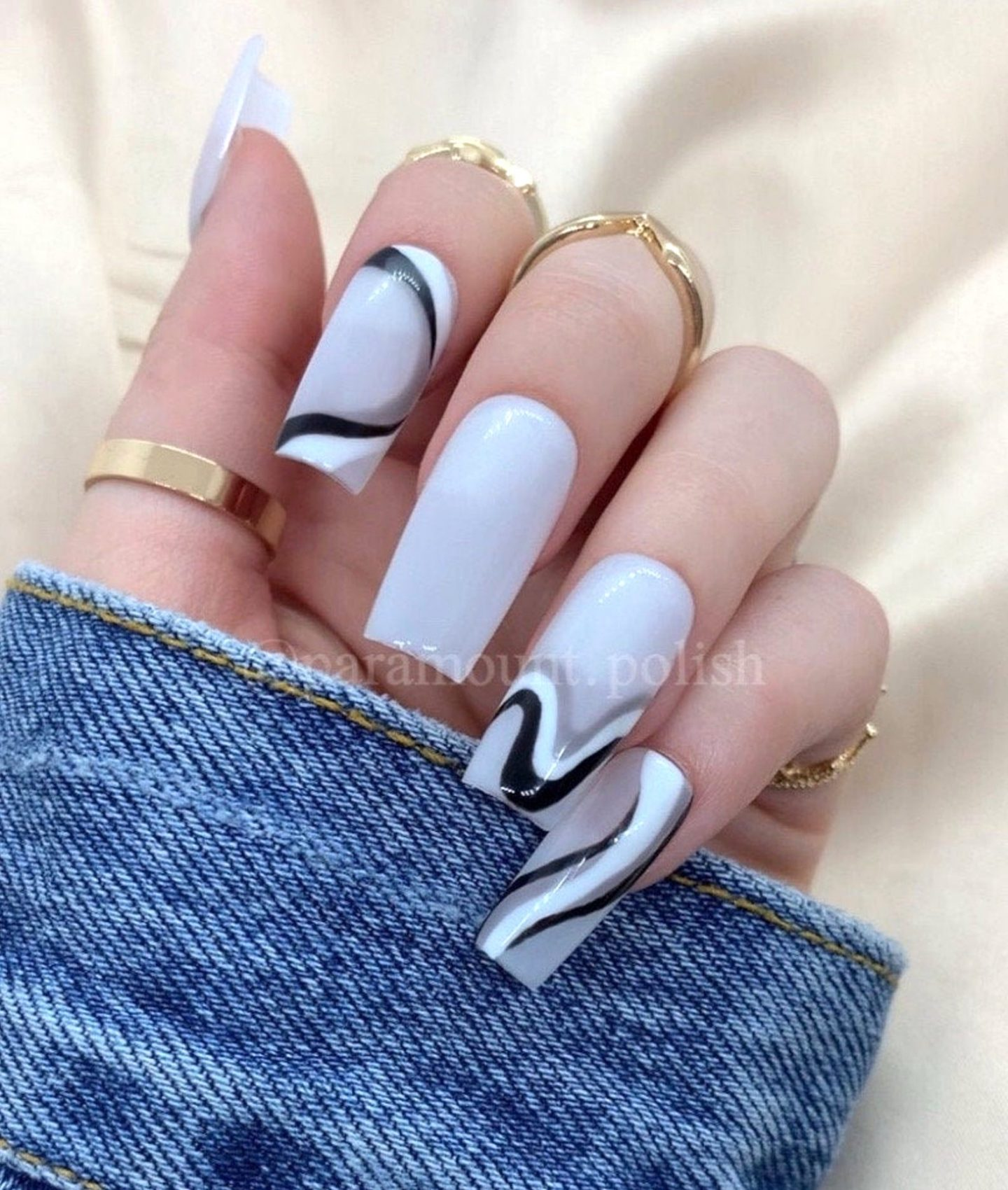 White and grey abstract swirl nails
