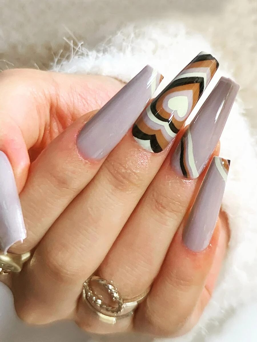 Nude coffin nails with retro hearts
