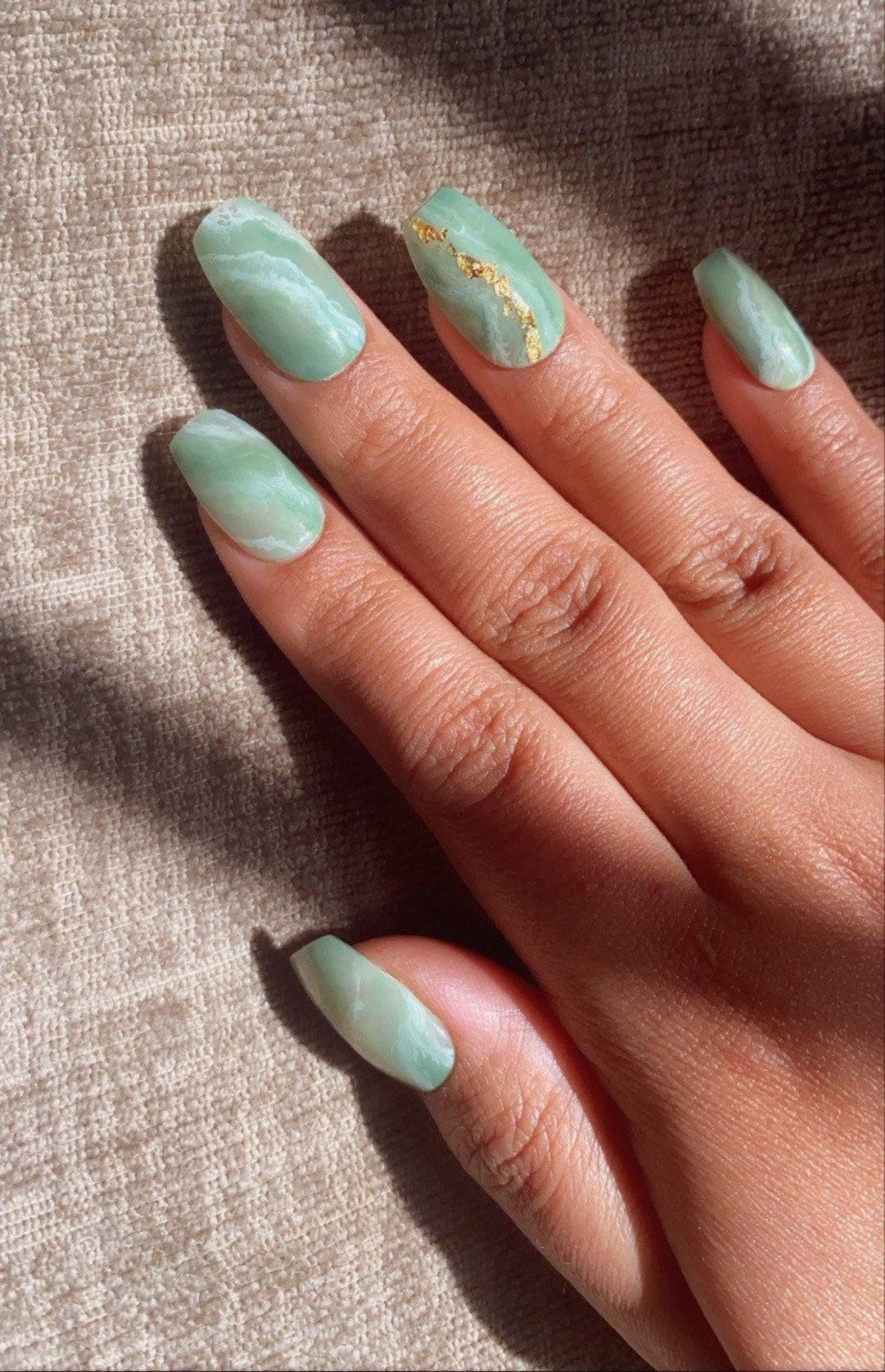 Marble nails with gold specks