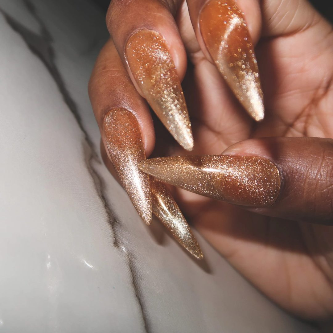 Gold champagne nails for New Years Eve nails