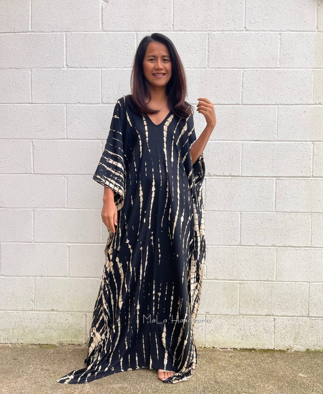 Loose maxi house dress to wear after a spray tan