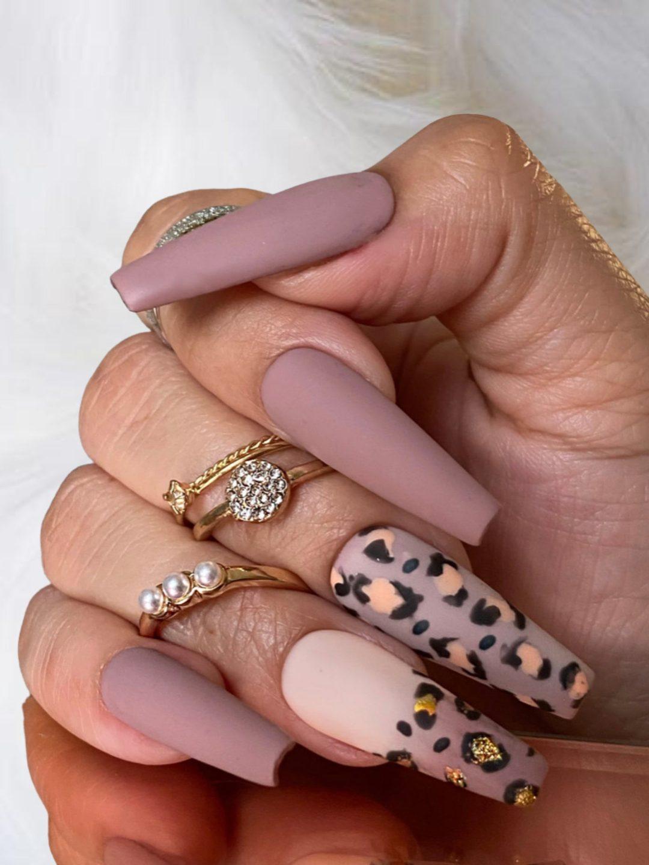 Mauve matte nails with leopard print